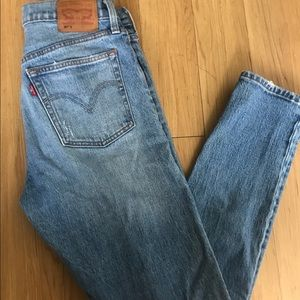 501 skinny Levi's with button fly